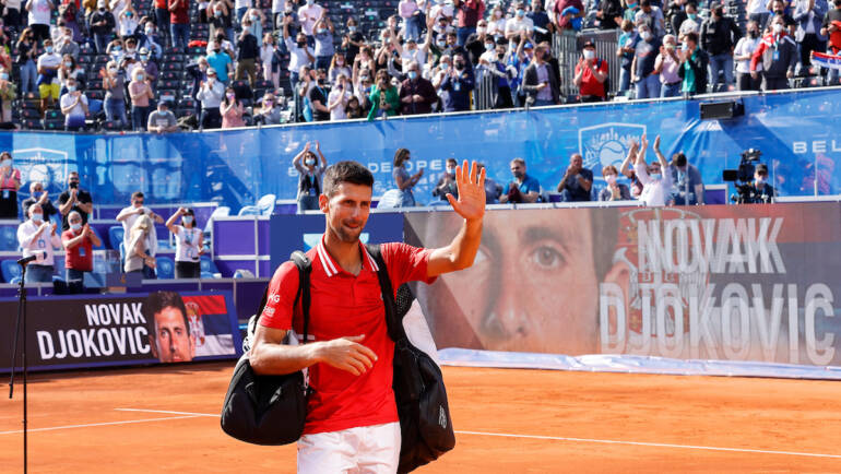 Novak to play for the title at 2 pm